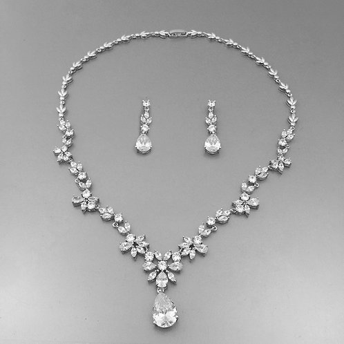 Parisa Necklace Set