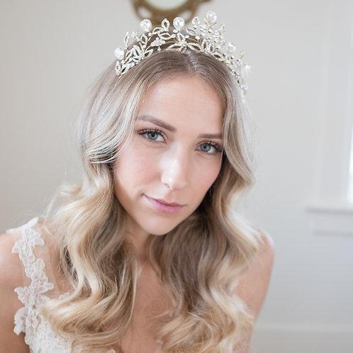Karolina Tiara