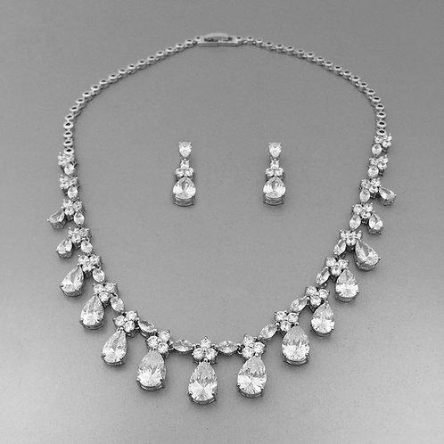 Roksana Necklace Set