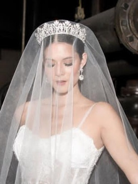 Shimmer Drop Veil, Lucky Collections™