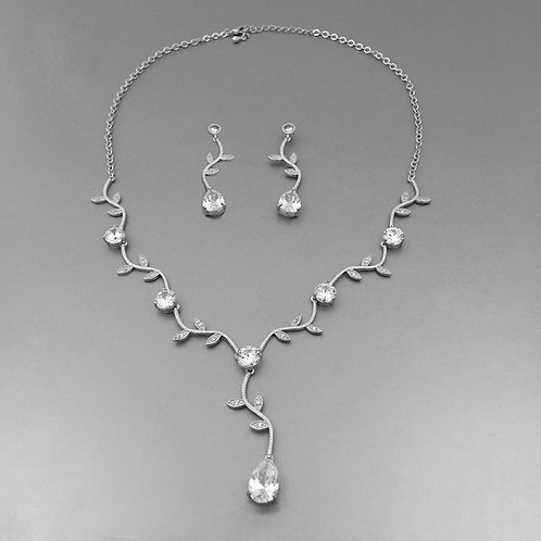 Agna Necklace Set