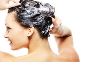 Shampoo: como escolher o certo para você? Como os astronautas lavam os cabelos?