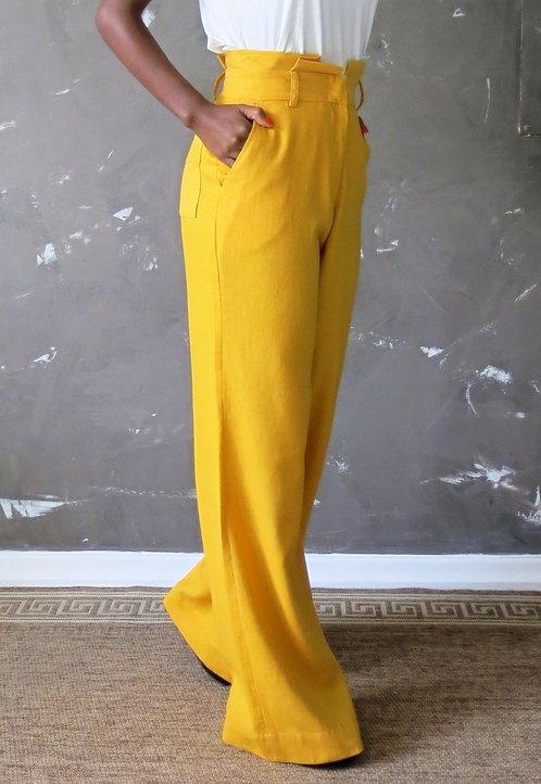 012 - Calça pantalona de linho