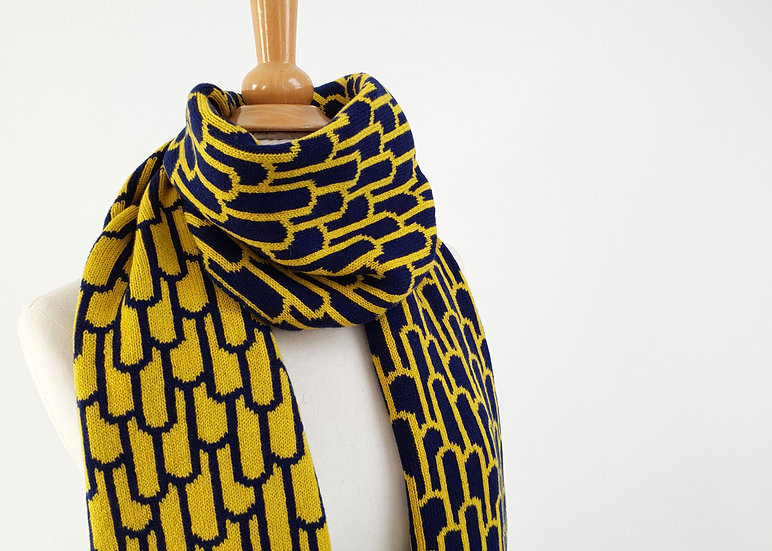 Piccalilli & Navy Reversible Lambswool Knitted Scarf