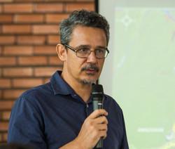 Diretor da AAE João Tezza Neto