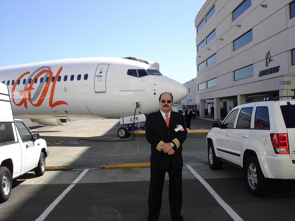 Comandante Ruas na fábrica da Boeing em Seattle.