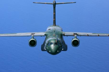 Avião da FAB leva 19 toneladas de oxigênio para o Amapá