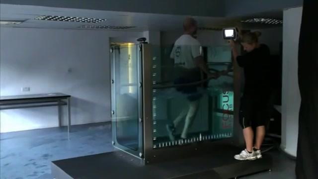 NEW HYDRO PHYSIO Focus Treadmill.mp4