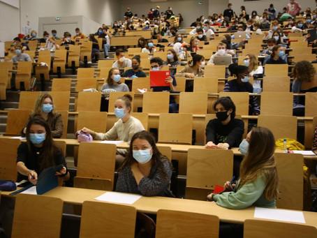 #23 Courrier - Où sont les 4000 places promises aux étudiants sans master ?