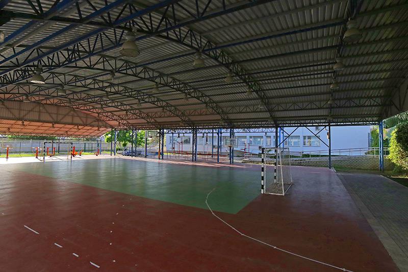 Крытые спортивные залы