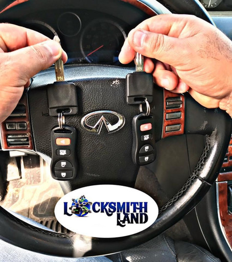 We have great deals on car keys and remotes. Don't pay double at the dealership 💲💲💲