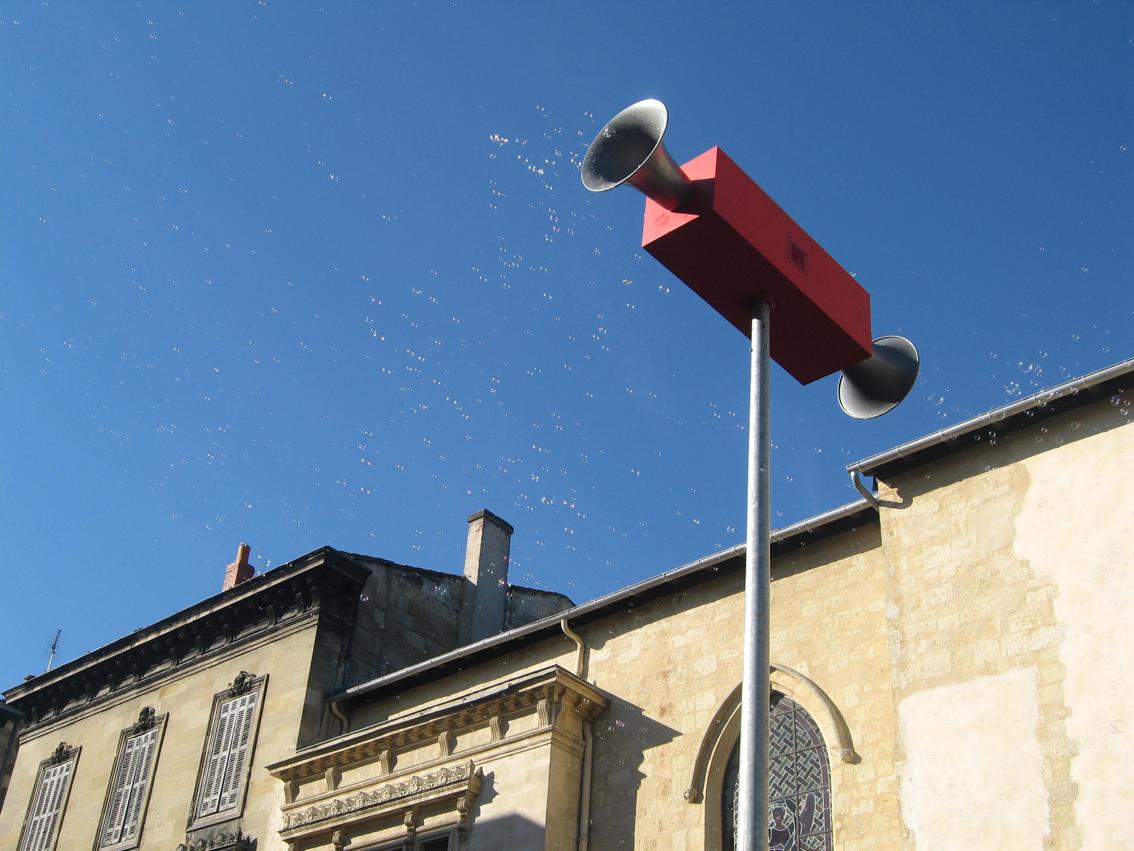 Hauts-parleur, Place Camille Julian