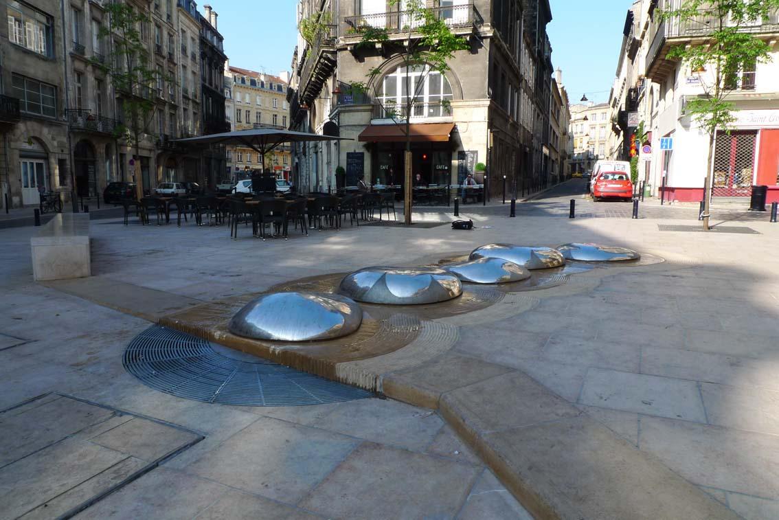 E. Lesgourgues, Fontaine, 2009