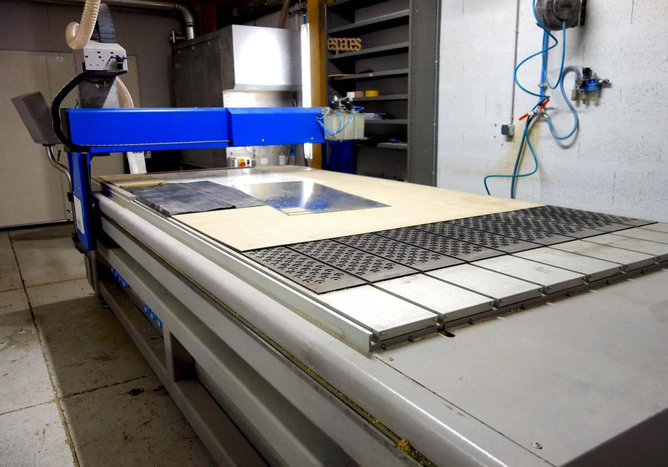 Production-CNC-art-architecture-Zebra3.j