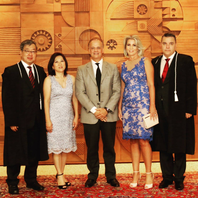 Marco Antonio Peixoto prestigia a posse da nova diretoria do TRE-PR