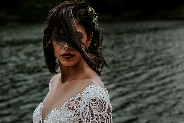 Mascota Sierra Lago Wedding