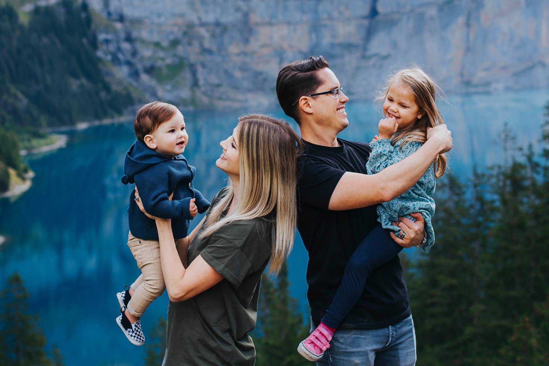 Kandersteg family photo session-14.jpg