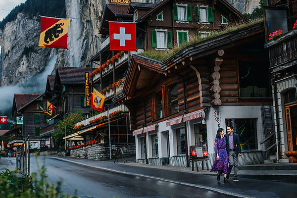 Lauterbrunnen photo session-1.jpg