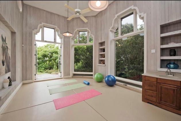 San Diego Yoga Room