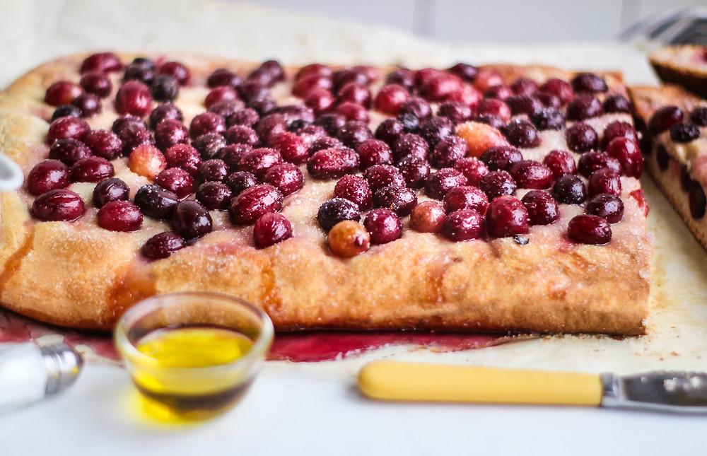 schiacciata con l'uva ricetta originale toscana