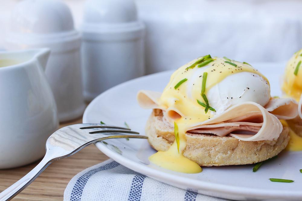 benedict egg ricetta