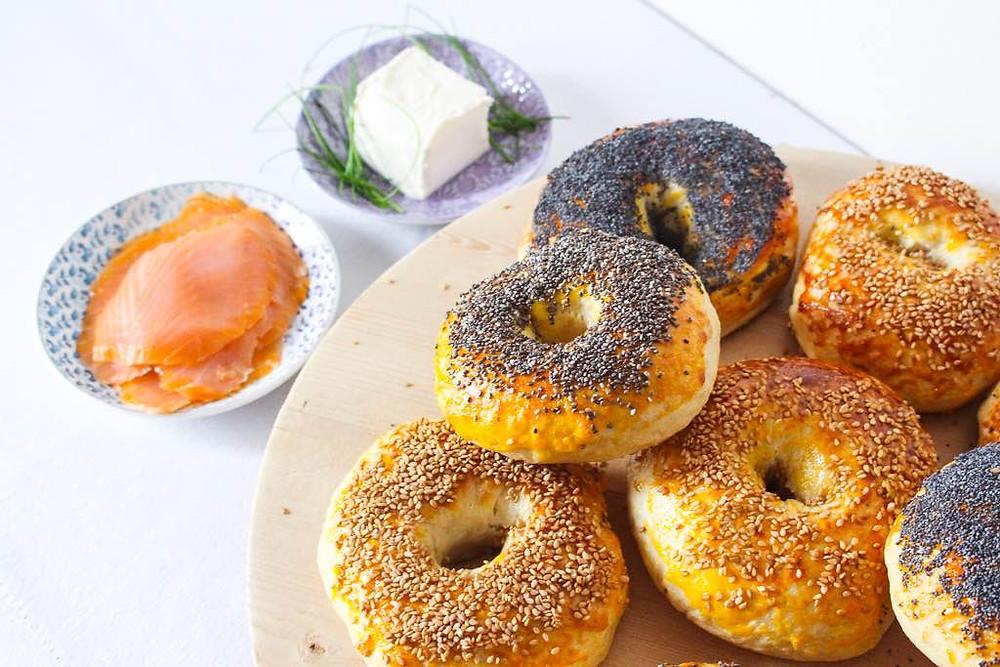 bagel salmone ricetta base classica brunch