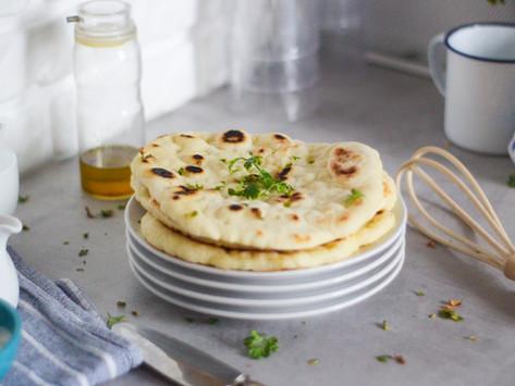 La ricetta del naan, il pane indiano cotto in padella