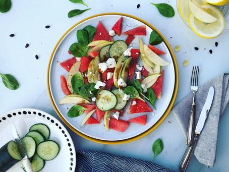 Insalata fresca di anguria e feta: ricetta per un brunch di fine estate