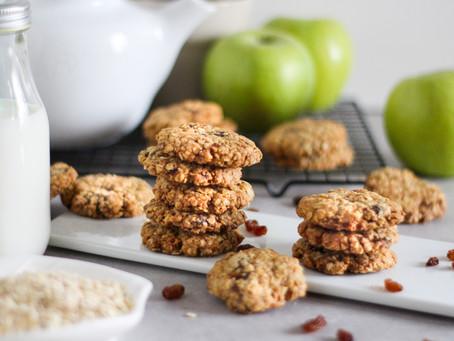 Cookies di avena con mele e uvetta: la ricetta facile