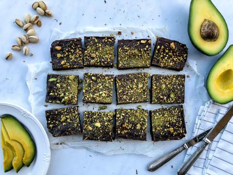 Brownies all'avocado e pistacchio: la ricetta veloce (senza burro)