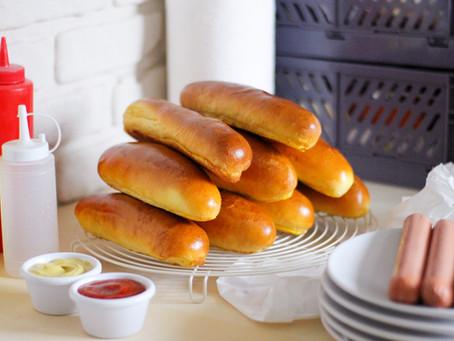 Hot dog buns: la ricetta dei panini per würstel