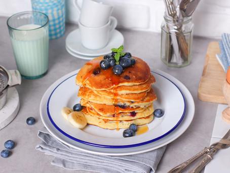 Pancake ai mirtilli: la ricetta facile (con latticello)