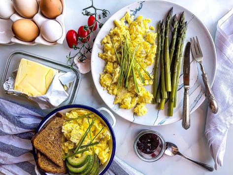Scrambled eggs: la ricetta delle uova strapazzate