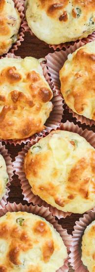 Muffin salati ai 4 formaggi e pancetta