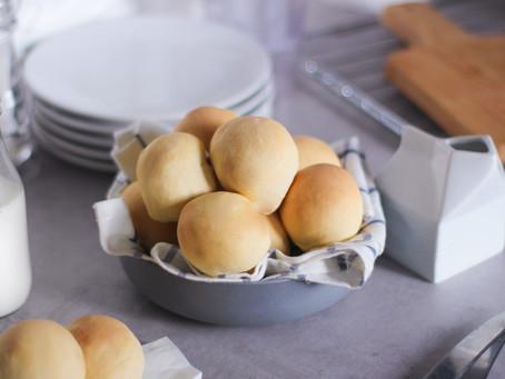 Panini al latte morbidi senza burro: la ricetta facile