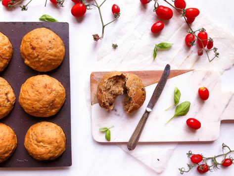 La ricetta dei panini ai pomodori secchi