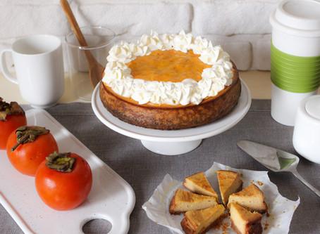 Cheesecake ai cachi: la ricetta facile con tanta frutta