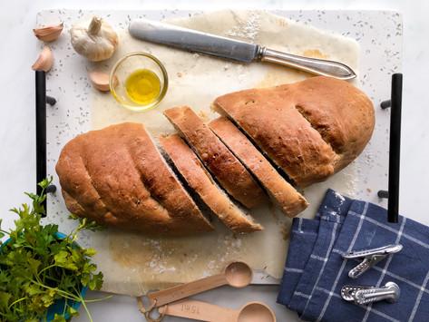 Garlic bread: la ricetta del pane all'aglio home made
