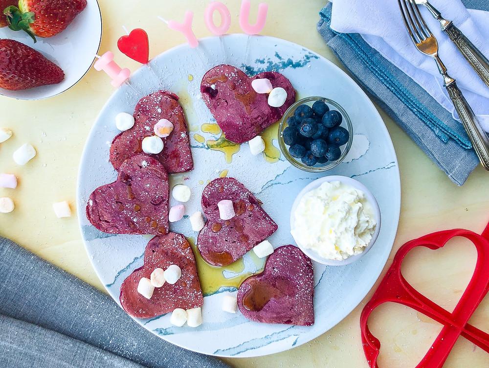 pancake facili e veloci alla barbabietola per san valentino ricetta brunch buonbrunch