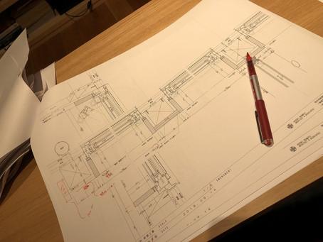 小建築は特に開口部が大切。図面チェック、チェック、チェック・・・!