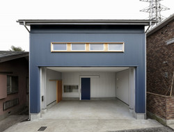 blew-garage (高根沢の家)