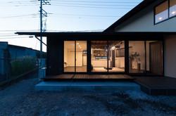 鴻野山の家