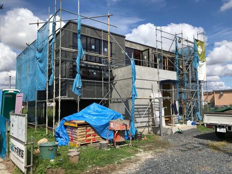 立木の家。現場レポート。外壁の色決め。