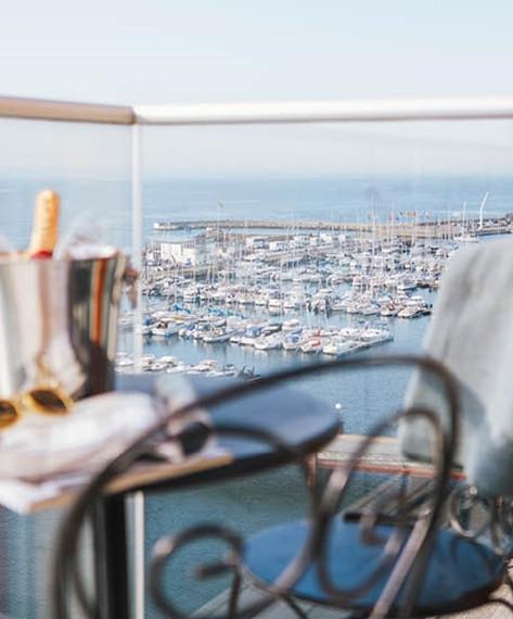 Clarion Hotel Sea U