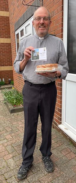 Paul cake_edited.jpg