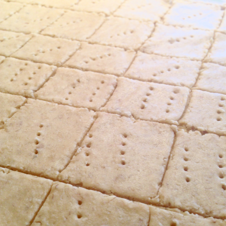 Crispy Chicpea & Oat Crackers
