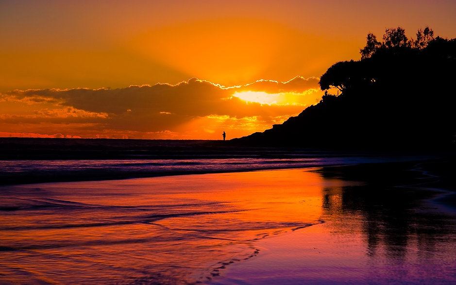 Romantic-Beach-Sunset-HD-Background.jpg