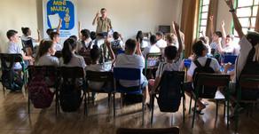Projeto Mini Multa da PMSC tem aula teórica para alunos de Escola em Águas de Chapecó