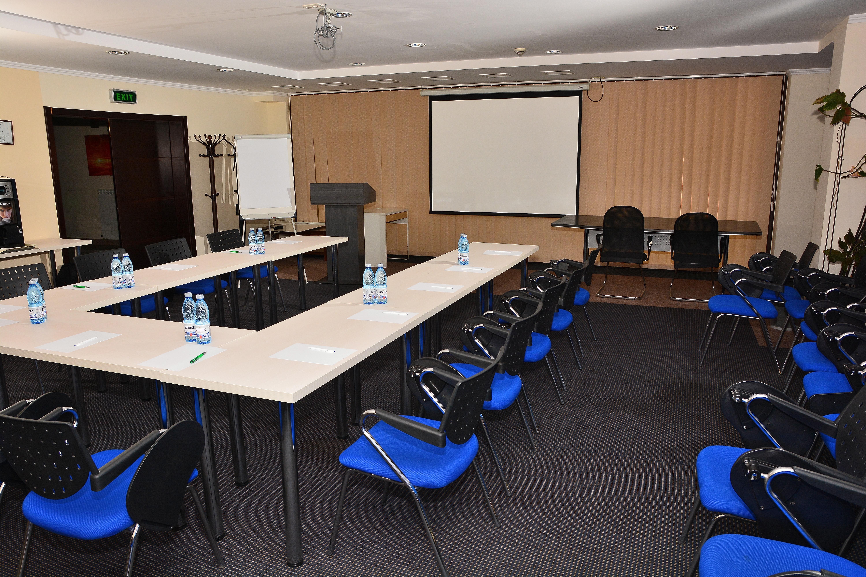 sala conferinte (18)