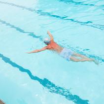 senior-man-swimming-in-pool-XE2WDCL.jpg